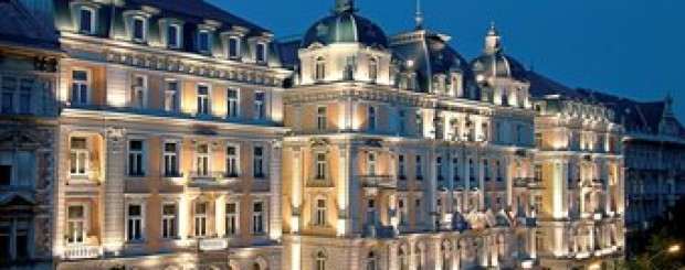 5 Star Budapest Solo Travel Package for a cultural tour