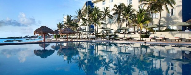 Solo Travel Package 5 Star Cancun Mexico for adventure and cultural travel