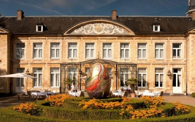 Solo Travel Destination Dutch Castle Hotel live like a king or queen on vacation!