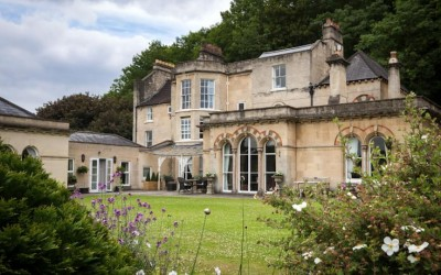 Luxury Country House Bath England for cultural tours