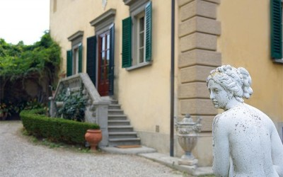 Luxury Singles Travel Florence Country House for a cultural vacation