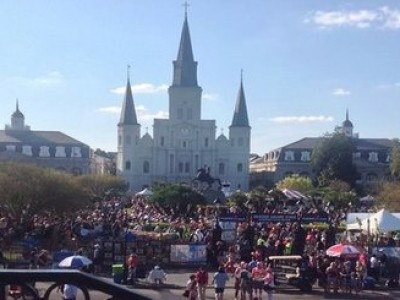 5 Solo Travel Tips for a Great New Orleans Halloween and Bargains