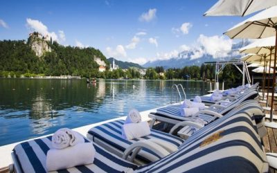 5 new solo travel spring deals poolside
