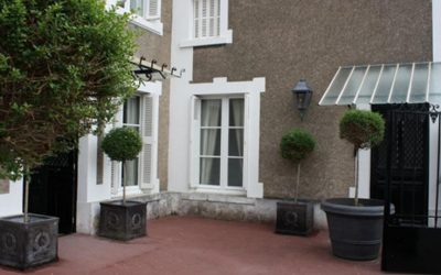 Solo Travel Deal France Loire Valley BNB Singles Travel Deal