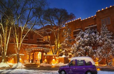 Top Solo Travel Destinations-Santa Fe for the Holidays for Sibgle Travelers