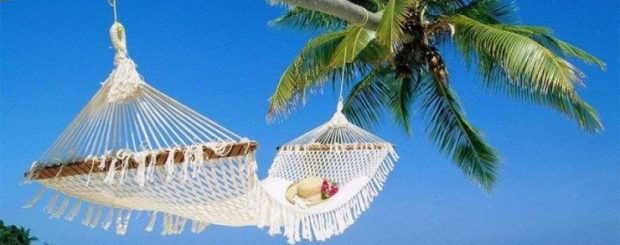 9 New Updates How to Make Solo Travel Easy for You Relaxing in a Hammock in Sri Lanka