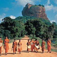 Walking Tour of Enchanting Sri Lanka-a Solo Travel Destination