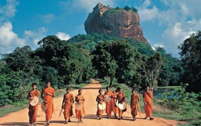Walking Tour of Enchanting Sri Lanka-a Solo Travel Destination